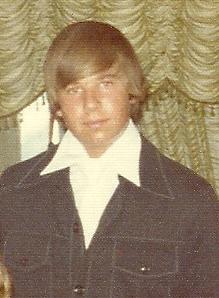 Me 1976 with Bieber doo